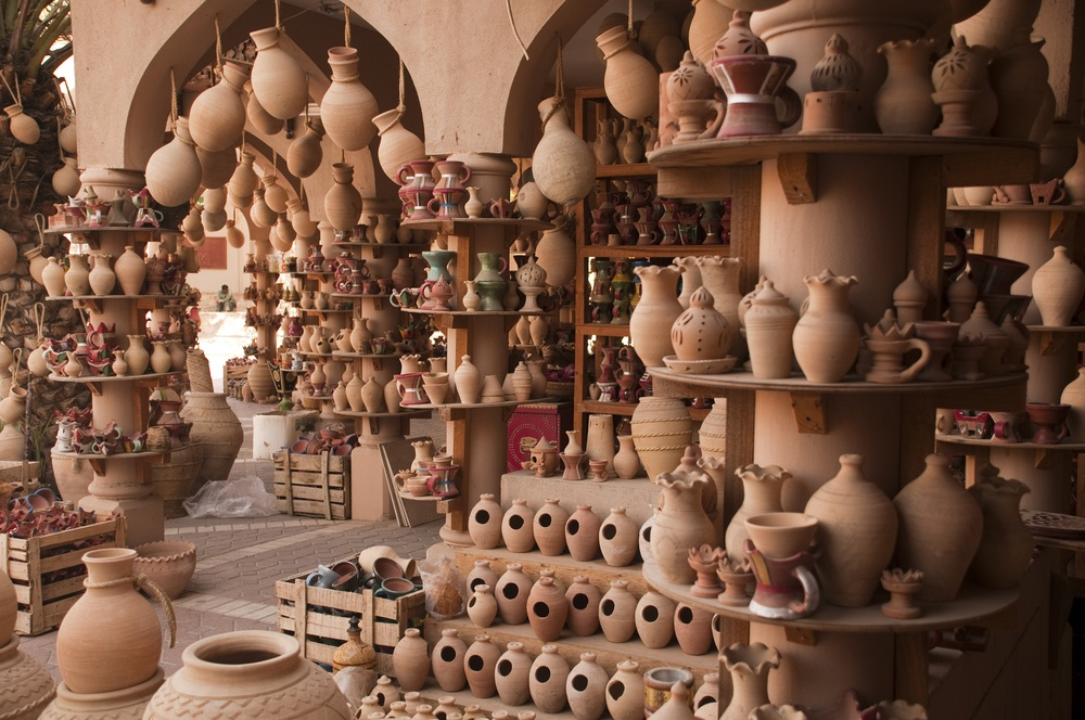 traditional pottery in Oman