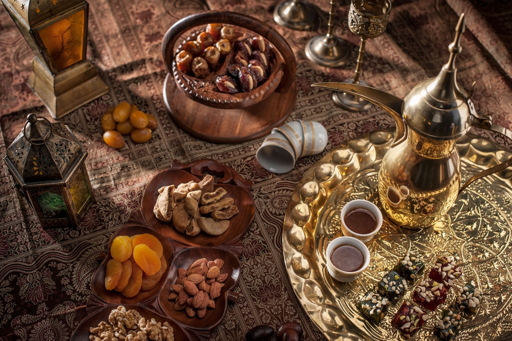 traditional food and tea in Oman